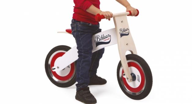 Le choix d'un vélo sans pédales par «Les maternelles»
